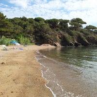 Photo taken at Spiaggia Di Straccoligno by Massimiliano M. on 6/27/2012