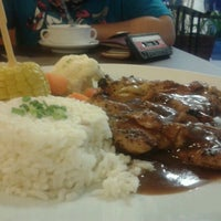 Photo taken at Sajian Wadihana Islamic Kitchen by Shaharina A. on 7/13/2012