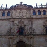 Foto tomada en Universidad de Alcalá por Álvaro @AlvaroMarketing el 2/19/2012