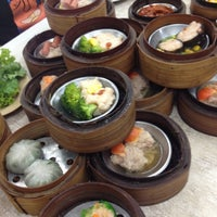 Photo taken at Chokdee Dim Sum by Beer H. on 6/16/2012