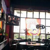 Photo taken at Harat's Pub by Алексей В. on 9/7/2012