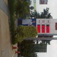 Photo taken at Shell, Jl. Transyogi Cibubur by Meta H. on 4/4/2012