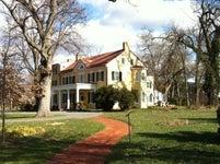 The Marshall House (Dodona Manor)