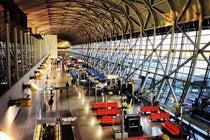 関西国際空港 (KIX)