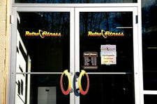 Retro Fitness - Rockaway