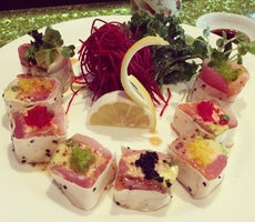 Ahi Ahi Sushi Bar & Grill