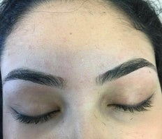 EyebrowsRus