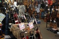 クロサワ楽器店 横浜モアーズ店