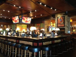 Houlihan's Restaurant and Bar