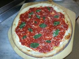 Caruso's Italian Restaurant & Pizzeria