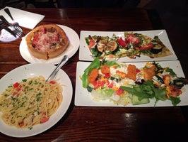Uno Pizzeria & Grill - Victor