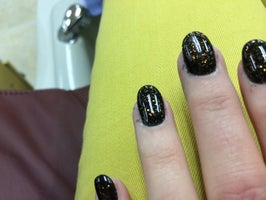 Spa Nails 7