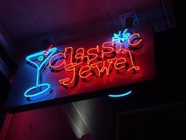 Classic Jewel