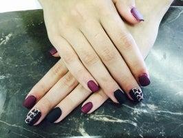 Nails 2000