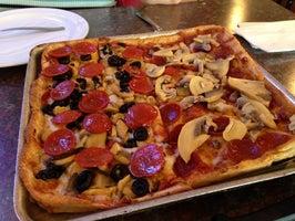 Demarios Pizza