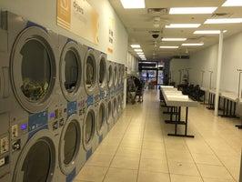 Thomas Laundromat (wash and fold service)