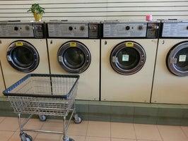 Benny's Laundromat