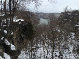 Devil's Hole State Park