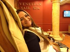 Venetian Nails