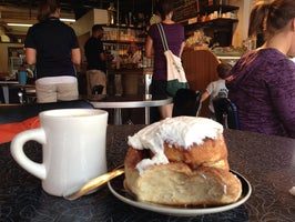 Bollo's Cafe