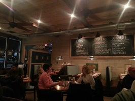 Fins Ale House & Raw Bar