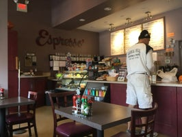 Celina's Mulberry Market & Grill
