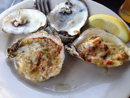 Shuckers Grill & Oyster Bar