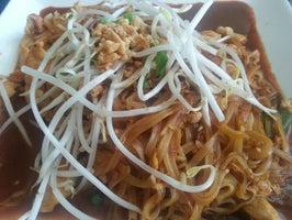 Yum Yum Thai