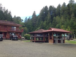Glen Ayr Hood Canal Waterfront Resort