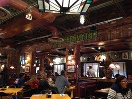 Uno Pizzeria & Grill - Denver