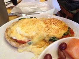 Eggsperience Cafe