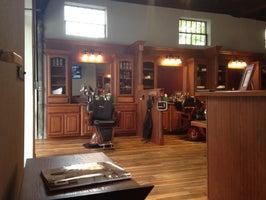 Roosters Men's Grooming Center - Georgetown