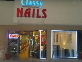 Classy Nails by Le