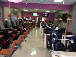 Venus Nails Salon