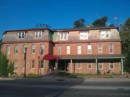 Braun Historic Hotel