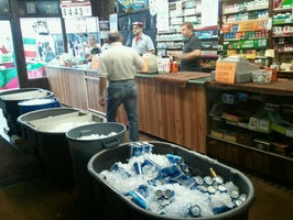 Dean's Liquor