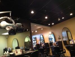 Tangles Salon