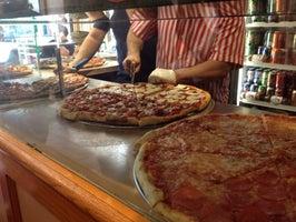 Luigi's Pizzeria