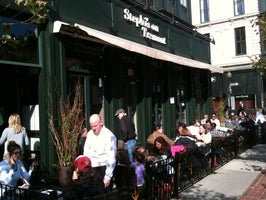 Stephi's on Tremont