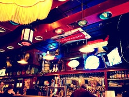Pour House Bar & Grill