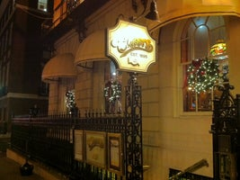 Bull and Finch Pub (Cheers Beacon Hill)