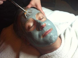EsSpa Organic Skin Care and AVEDA Hair Spa