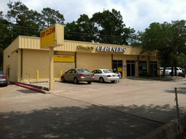 Cindy's Cleaners on the Parkway