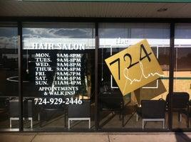 THE 724 Salon