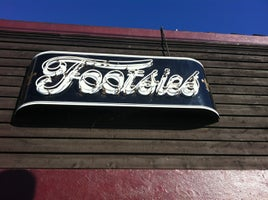Footsie's