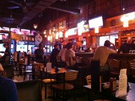 Luna Bar & Grill
