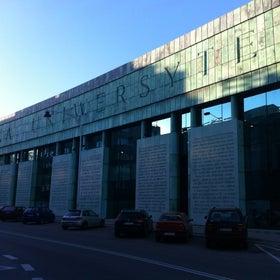 University of Warsaw Library photo
