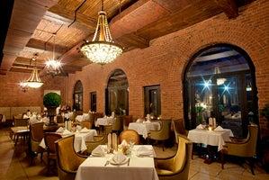OHEKA Bar & Restaurant