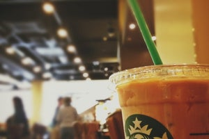 Starbucks Coffee TSUTAYA 香里園店