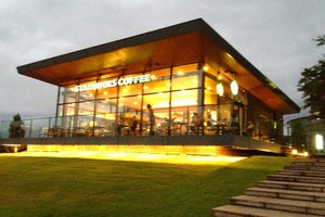 Starbucks Coffee 富山環水公園店